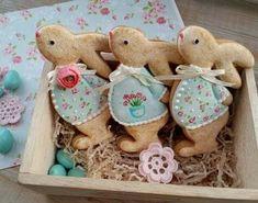 New Ideas cupcakes easter bunny frostings Fancy Cookies, Iced Cookies, Cute Cookies, Easter Cupcakes, Easter Cookies, Christmas Sugar Cookies, Gingerbread Cookies, Cookies Receta, Easter Biscuits