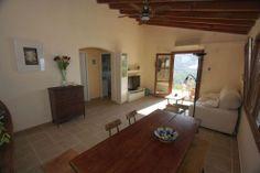 Costa Deià. Un lugar inolvidable Costa, Mirror, Furniture, Home Decor, Places, Majorca, Decoration Home, Room Decor, Mirrors