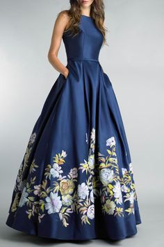 Evening gowns with sleeves, bcbg dresses, floral print gowns, printed gowns, Grad Dresses, Modest Dresses, Stylish Dresses, Elegant Dresses, Pretty Dresses, Fashion Dresses, Formal Dresses, Dance Dresses, Bcbg Dresses