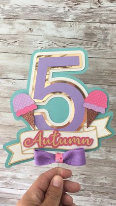 Diy Cake Topper, Birthday Cake Toppers, Cupcake Toppers, Anniversaire Candy Land, Ice Cream Decorations, Handmade Ice Cream, Cricut Cake, Candy Party, Cream Cake