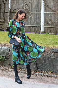 Get this look: http://lb.nu/look/8662467  More looks by Isabella Pozzi: http://lb.nu/stylespectra  Items in this look:  Zaful Floral Dress   #chic #retro #romantic #floral #mesh #zaful #outfit #streetstyle #chanel