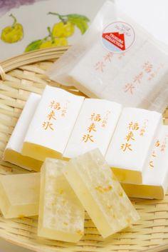 「お菓子処いとう」さんの福来氷(ふくれごおり)です。 筑波山でだけ採れる「福来みかん」という小粒のみかんを使ったお菓子です。