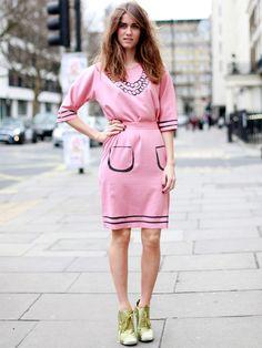 La robe rose pâle