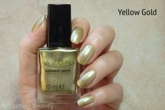 Review of Avon Nailwear Pro+ Nail Enamel in  Yellow Gold.