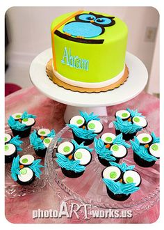 Owl baby shower cake and cupcakes by johnniekake, via Flickr