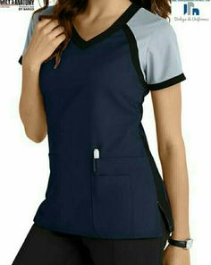 Greys Anatomy 3 Pocket Color Block V-neck Scrub Tops Main Image Más Scrubs Outfit, Scrubs Uniform, Stylish Scrubs, Cute Scrubs, Greys Anatomy Scrubs, Greys Anatomy Uniforms, Medical Uniforms, Nursing Uniforms, Work Attire