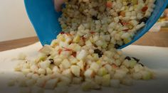 #apfelstrudel #tinkerhits Grains, Rice, Baking, Vegetables, Food, Apple Strudel, Bakken, Essen, Vegetable Recipes