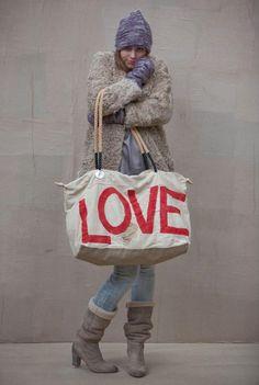 love is always a good accesoire