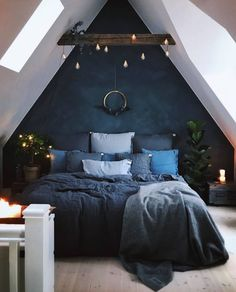 Blue Bedroom Decoration Ideas to Bring Perfection in Your Private Room - Wohnideen - Schlafzimmer Bedroom Loft, Dream Bedroom, Home Decor Bedroom, Dark Cozy Bedroom, Bedroom Furniture, Modern Bedroom, Trendy Bedroom, Bedroom Colors, Comfy Bedroom