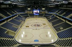 The Los Angeles Kings rink (hidden under the basketball court) at the Staples Center at L. Marvel Universe Live, Ontario Reign, Philadelphia Sports, Ice Castles, Los Angeles Kings, Buy Local, Grand Tour, Day Tours, Provence