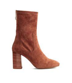 Die 32 besten Bilder von shoes   Boots, Ankle booties und Ankle boots fa021dc0fe