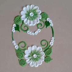 Easy Rangoli Designs Videos, Rangoli Designs Images, Small Rangoli Design, Colorful Rangoli Designs, Rangoli Patterns, Colored Sand, Simple Rangoli, Art Forms, Crochet Earrings
