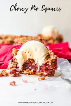 Delicious cherry pie squares made with homemade cherry pie filling and a crumbled oat topping. Cherry Recipes, Tart Recipes, Fruit Recipes, Dessert Recipes, Summer Recipes, Holiday Recipes, Recipies, Homemade Cherry Pies, Desserts To Make