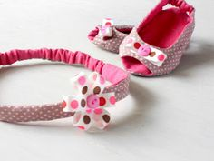baby shoes   newborn size