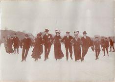 "vint-agge-xx: ""1900' Ice Skating """