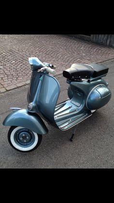 Vespa VB1T 1957