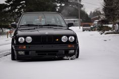 BMW E30 M3 black winter