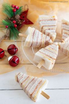 Most current No Cost ALBERELLI DI TRAMEZZINI perfect for appetizer, appetizer buffet! Ideas The most effective overnight holiday vacation in the Pacific Northwest is The Lights of Xmas in Sta Christmas Party Food, Xmas Food, Christmas Appetizers, Christmas Cooking, Christmas Buffet, Creative Christmas Food, Christmas Sandwiches, Christmas Christmas, Appetizer Buffet