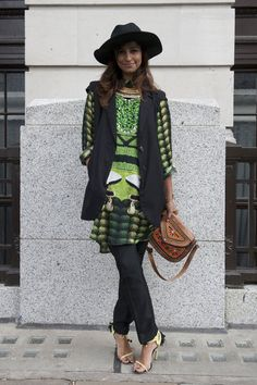 Bold eclectic print, statement heels, and an embellished bag delivered just the right wow-factor.