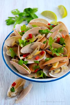 Chilli steamed Clams
