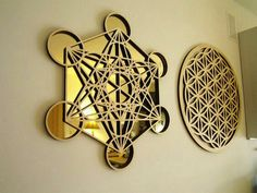 Metatron's Cube golden mirror wall decoration by FlowRingCreations Sacred Geometry Art, Sacred Art, Sacred Symbols, Sri Yantra, Golden Mirror, Yoga Studio Design, Platonic Solid, Crystal Grid, Flower Of Life