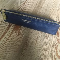Michael Kors pencil case Navy leather. Has a few scuffs on corners otherwise in GUC NO TRADE NO PP *please don't ask* Michael Kors Bags Cosmetic Bags & Cases