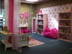 Bibliotheek Beverwijk, jeugdafdeling, pink room