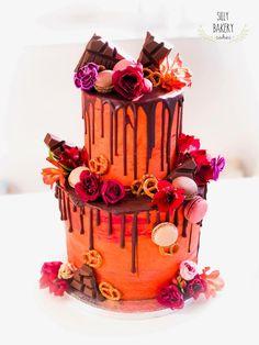 It got some color on it! Dripcake Weddingcake www. Bakery Cakes, Wedding Cakes, Birthday Cake, Desserts, Color, Wedding Gown Cakes, Tailgate Desserts, Deserts, Birthday Cakes