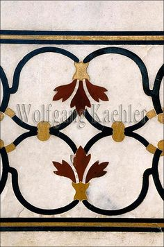 India, agra, taj mahal, white marble inlay with semiprecious stones       CLICK on the pic for more details.  http://www.multicolorgems.com