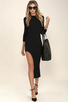 Live it up from dusk to dawn in the Havana Good Night Black Long Sleeve Bodycon Midi Dress! Medium-weight ribbed knit creates a sexy bodycon fit from the mock neck, into long sleeves, and down the midi skirt with side slit.