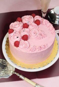 Ein Traum in rosa – Himbeertorte 'Stefania'
