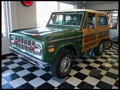 1974 Ford Bronco Woody 302 CI, Automatic