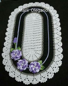 Crochet Doilies, Crochet Flowers, Crochet Necklace, Denim Bag, Leather Projects, Cross Stitch, Jewelry, Arts And Crafts, Rugs