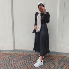 Modern Hijab Fashion, Street Hijab Fashion, Muslim Fashion, Modest Fashion, Fashion Outfits, Casual Summer Outfits, Modest Outfits, Hijab Style Tutorial, Mode Abaya