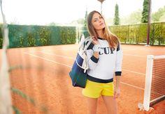 Tennis girl, on adore le short color block !   #tennischic #colorblock #jaune