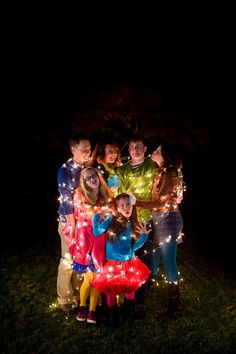 This merry and bright bunch. | 16 Family Christmas Photos That Are Full Of Win