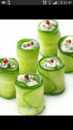 Zucchini with spread