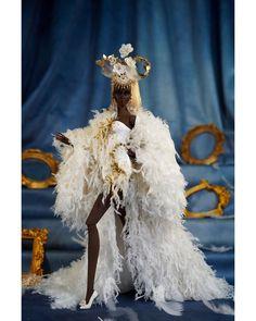 """Owen Su on Instagram: """"OwenSu Collection: Queen's Palace #musesdoll #fashiondoll #doll #fashionbjd #bjd #fashiondolls #dollphotography #dollphotographer…"""" Lace Wedding, Wedding Dresses, Crown, Jewelry, Fashion, Bride Dresses, Moda, Bridal Gowns, Corona"""