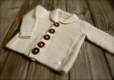 We love knitting for babies! It seems like there is always one that needs a knitted gift. Whether you are knitting for your own baby, a grandchild, niece, nephew, or a friend or co-worker's baby. We have welcome baby gift ideas and show-stoppers for baby showers that are sure to get plenty of ooo's and awww's! Here's a list of our 13 most popular fun and easy baby knitting projects.1.Ewe Ewe Cuddle Up Log Cabin Baby Blanket Knitting Pattern2.Easy as ABC Top...