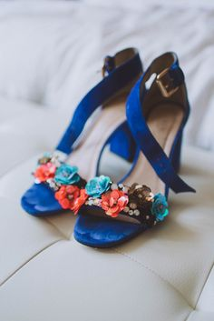 Blue suede shoes from this enchanting garden wedding | Image by V IMAGERY