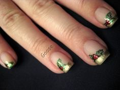 Gold French tips done with OPI Glitzerland. Then I stamped the holly leaves in Jolly Holly using a Bundle Monster plate and dotted the berries first in OPI Royal Rajah Ruby then in China Glaze Red Pearl.