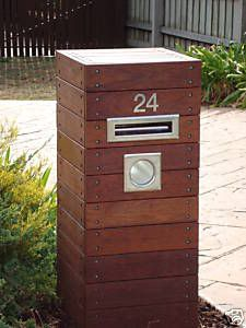 We're planning a brick pier letterbox - made from leftover bricks of course. Brick Mailbox, Wooden Mailbox, Diy Mailbox, Mailbox Ideas, Mailbox Post, Custom Wooden Signs, Diy Wood Signs, Wooden Diy, Diy Letter Boxes