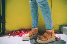 Barefoot Blonde: Amber Fillerup
