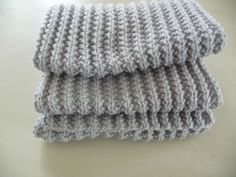 Knitted Hats, Crochet Hats, Knitting, Recherche Google, Dame, Images, Long Scarf, Tejidos, Crocheted Hats