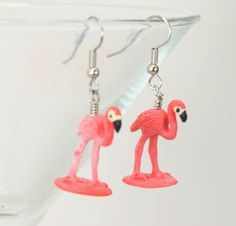 For your mid-century loving friends // Pink Flamingo Earrings