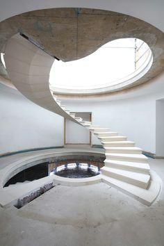 Mira la ingeniería detrás de esta galardonada escalera helicoidal flotante,© Agnese Sanvito