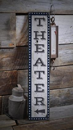 Movie Room Sign, Home Theater Sign, Vertical Theater Sign Wood Theater Sign, Home Theater Decor – Rustic Hand Made Wooden Sign For Theater Kino-Zeichen-Heimkino-Zeichen-vertikales Theater-Zeichen-Holz Theater Room Decor, Movie Theater Rooms, Home Theater Setup, Best Home Theater, Home Theater Design, Home Theater Seating, Cinema Room, Theatre Rooms, Model