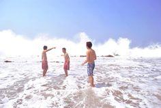 huge wave in sawarna