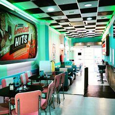 Hits en Pto Mazarron con su menu diario 8.50!Menu pizzas,menus burguers y pollo frito!!Tu postre favorito con tu starbuckscoffee!!968154450.