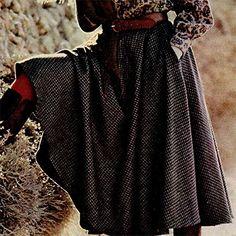 Swaaiend swierig Sewing Clothes, Victorian, Dresses, Fashion, Vestidos, Moda, Stitch Clothing, Fashion Styles, Dress